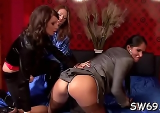 Hottie gets shaved cum-hole penetrated at gloryhole with a toy