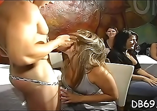 These gals love suckign whipped goo of our cocks