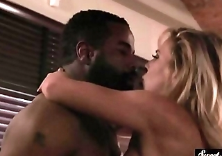Busty MILF drilled forcibly by bbc